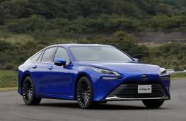 Toyota Mirai, 2020, side