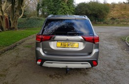 Mitsubishi Outlander 2.0 Design, rear