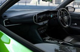 Vauxhall Mokka-e, 2020, interior