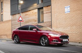 Ford Mondeo ST-Line, front static