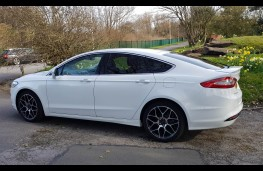 Ford Mondeo 1.5 EcoBoost Titanium, side