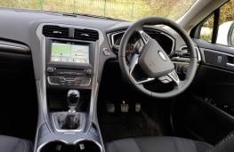 Ford Mondeo 1.5 EcoBoost Titanium, cabin
