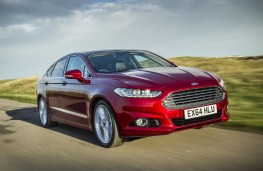 Ford Mondeo hatchback, front, action