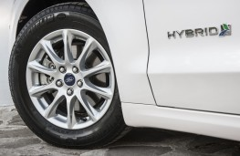 Ford Mondeo hybrid, side, detail