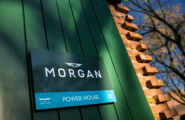 Morgan Experience Bicester, 2020, sign