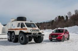 Mazda CX-5, Siberia, 2018, with snow truck