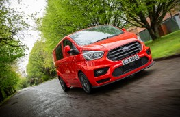 MS-RT Ford Transit Custom, 2018, front, action