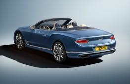 Bentley Continental GT Mulliner Convertible, 2020, rear