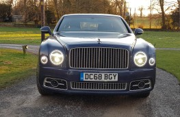 Bentley Mulsanne Speed, face