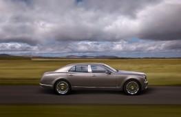 Bentley Mulsanne, side