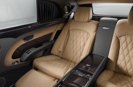 Bentley Mulsanne EWB, 2016, rear seat legroom