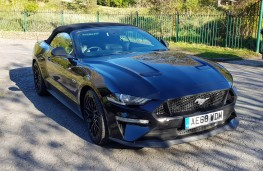 Ford Mustang 5.0 V8 GT Convertible, profile