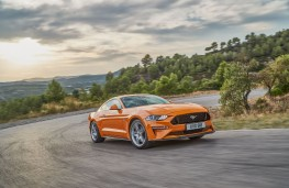 Ford Mustang, 2018, front, action