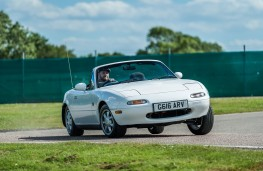 Mazda MX-5 Mark One, front