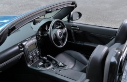 Mazda MX-5 Sport Graphite, interior