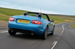 Mazda MX-5 Sport Graphite, rear