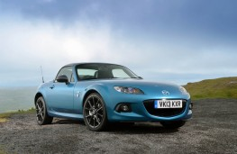 Mazda MX-5 Sport Graphite, side