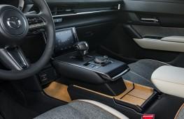 Mazda MX-30, 2020, centre console