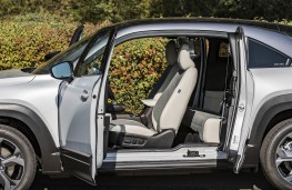 Mazda MX-30, 2020, doors