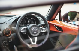 Mazda MX-5 30th Anniversary Edition, 2019, interior