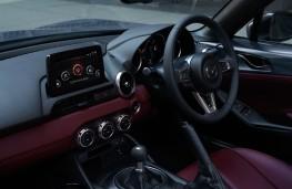 Mazda MX-5 R-Sport, 2020, interior