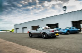 Mazda MX-5 Z-Sport, 2018, rear, pits