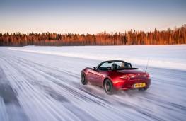 Mazda MX-5, Arctic drive 2019, rear, sun