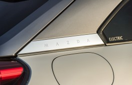Mazda MX-30, 2020, rear pillar