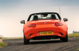 Mazda MX-5 30th Anniversary Edition, 2019, rear