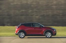 Nissan Juke, side