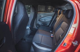 Nissan Juke, rear seats