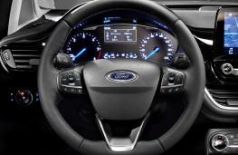 Ford Fiesta Titanium, 2017, dashboard