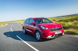 Kia Niro, 2016, front, action