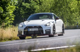 Nissan GT-R Nismo, 2019, front, action