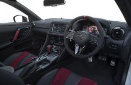 Nissan GT-R Nismo, 2019, interior