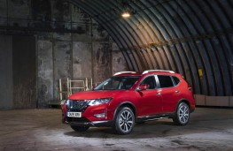 Nissan X-Trail, front static