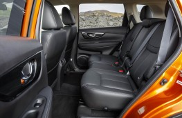 Nissan X-Trail, rear seats