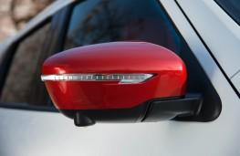 Nissan Juke Nismo RS, door mirror