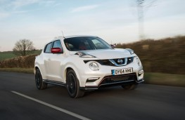 Nissan Juke Nismo RS, front action