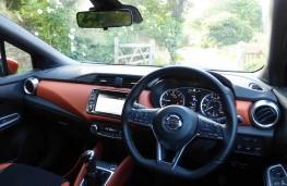 Nissan Micra, dashboard