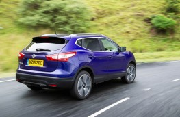 Nissan Qashqai, rear action