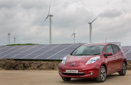 Nissan LEAF at the Sunderland solar farm