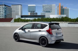 Nissan Note Black Edition, rear
