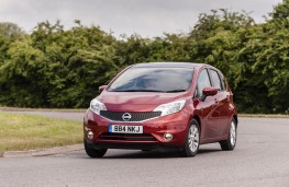 Nissan Note, front
