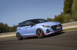 Hyundai i20 N, 2020, side