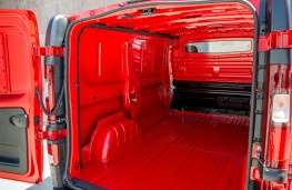 Nissan NV300, 2016, load space