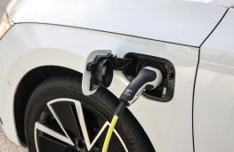 Skoda Octavia iV, 2020, charging point