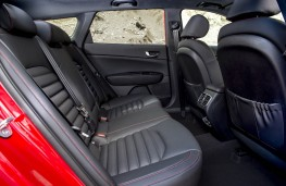 Kia Optima Sportswagon GT Line S, rear seats