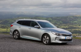 Kia Optima Sportswagon, front