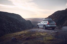 Volvo V90 AWD Ocean Race Cross Country, 2018, rear